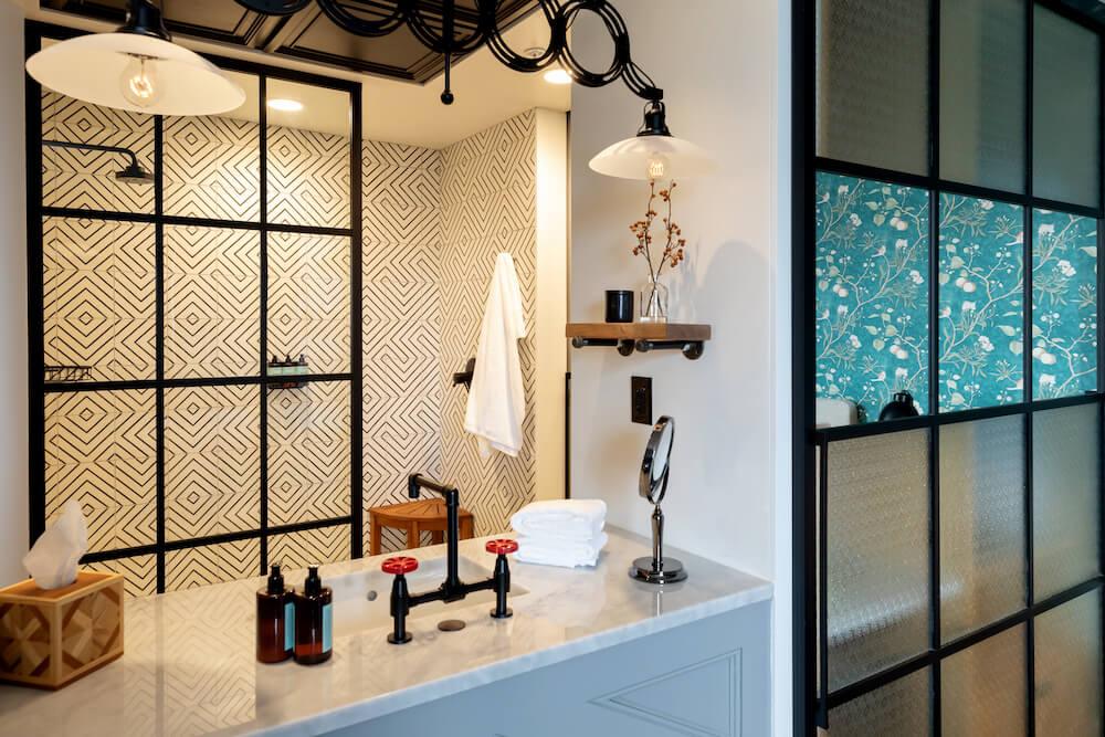 Studio Sink 2