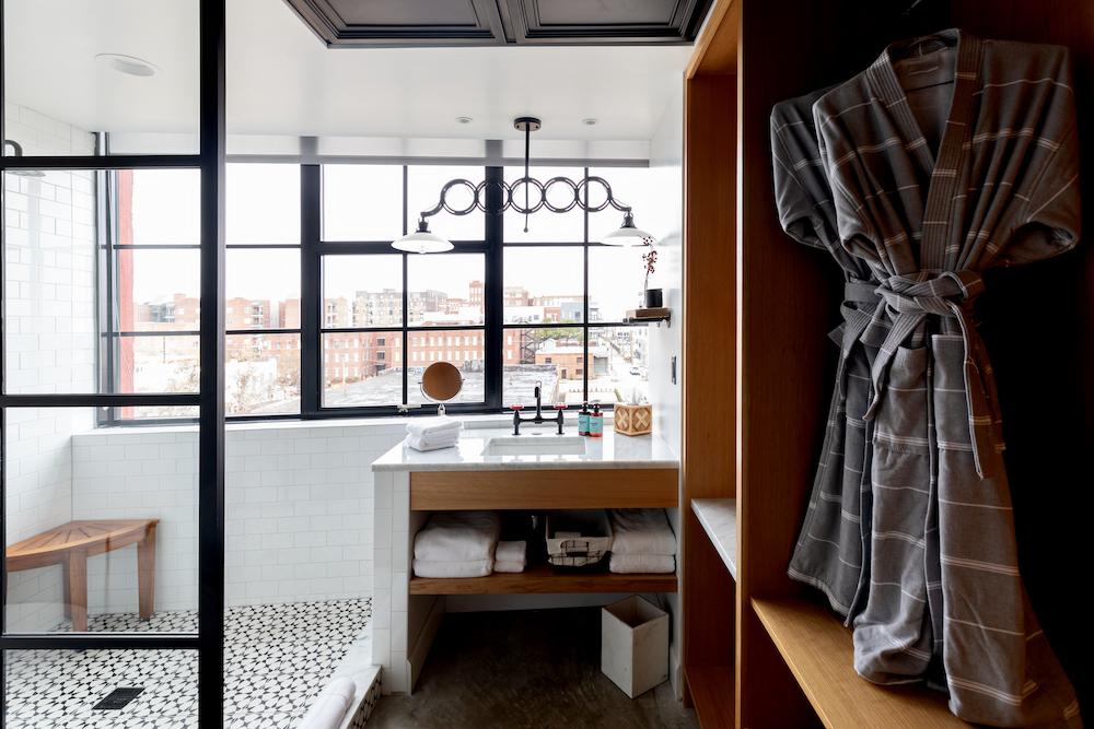 Bigger Studio Washroom